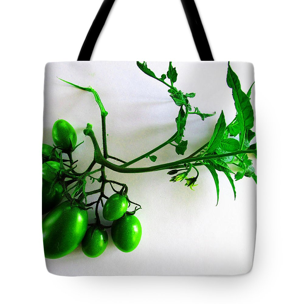 Tomato Tote Bag featuring the photograph Grape Tomatoes by Tina M Wenger