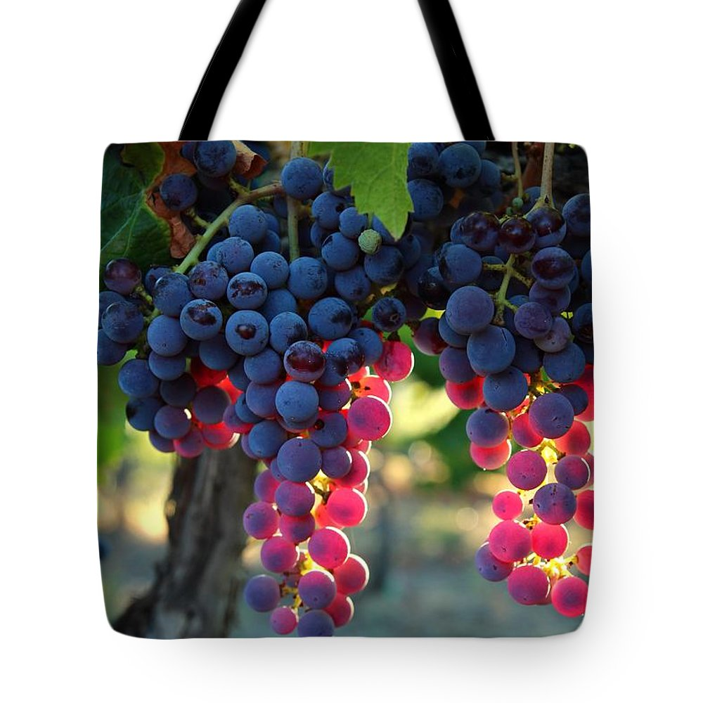 Grapes Tote Bag featuring the photograph Grapes With Bokeh by Lynn Hopwood