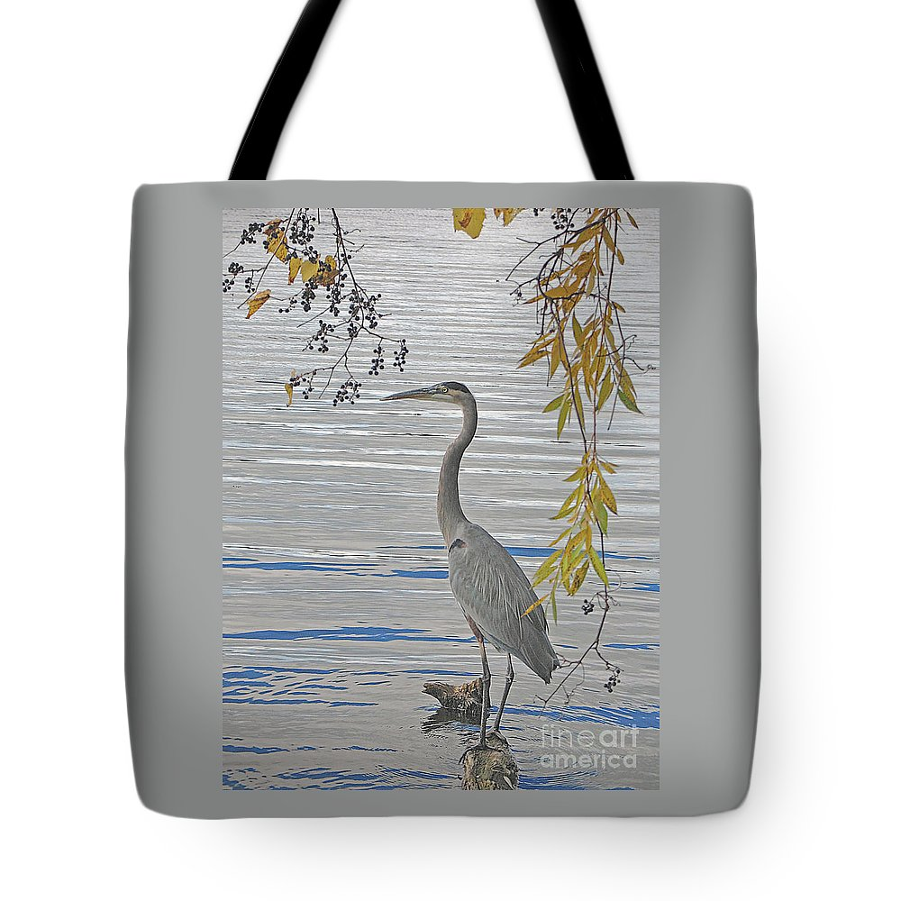 Heron Tote Bag featuring the photograph Great Blue Heron by Ann Horn