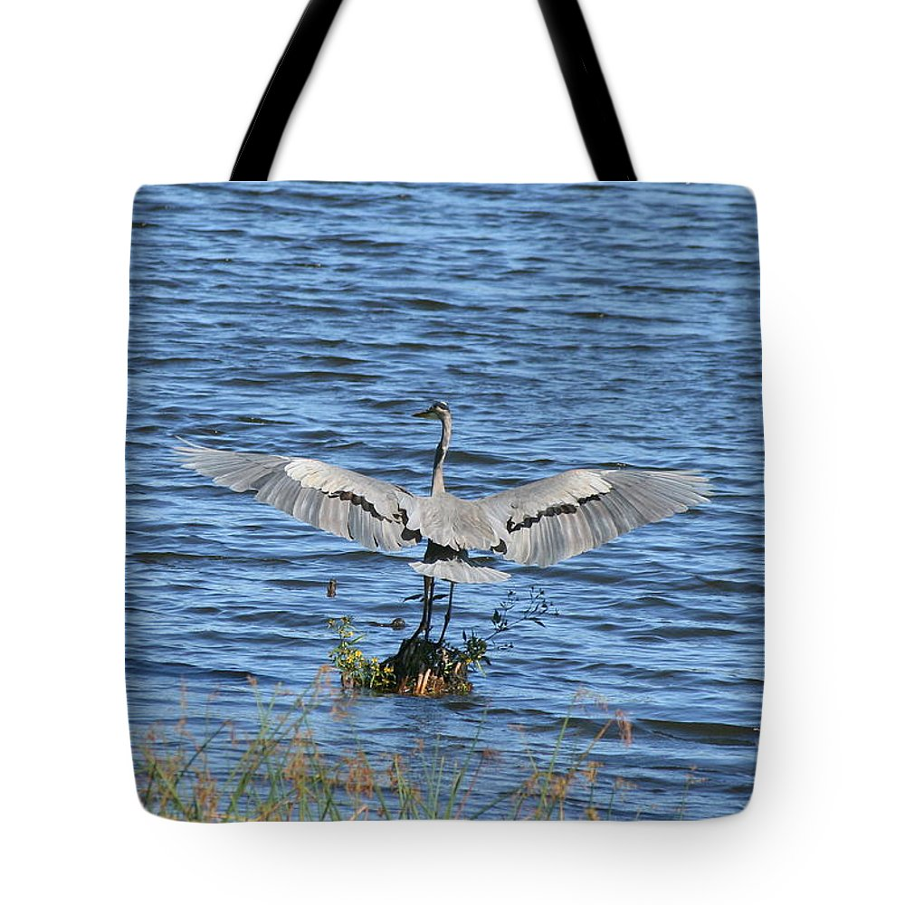 Great Blue Heron Tote Bag featuring the photograph Great Blue Heron Landing by Neal Eslinger
