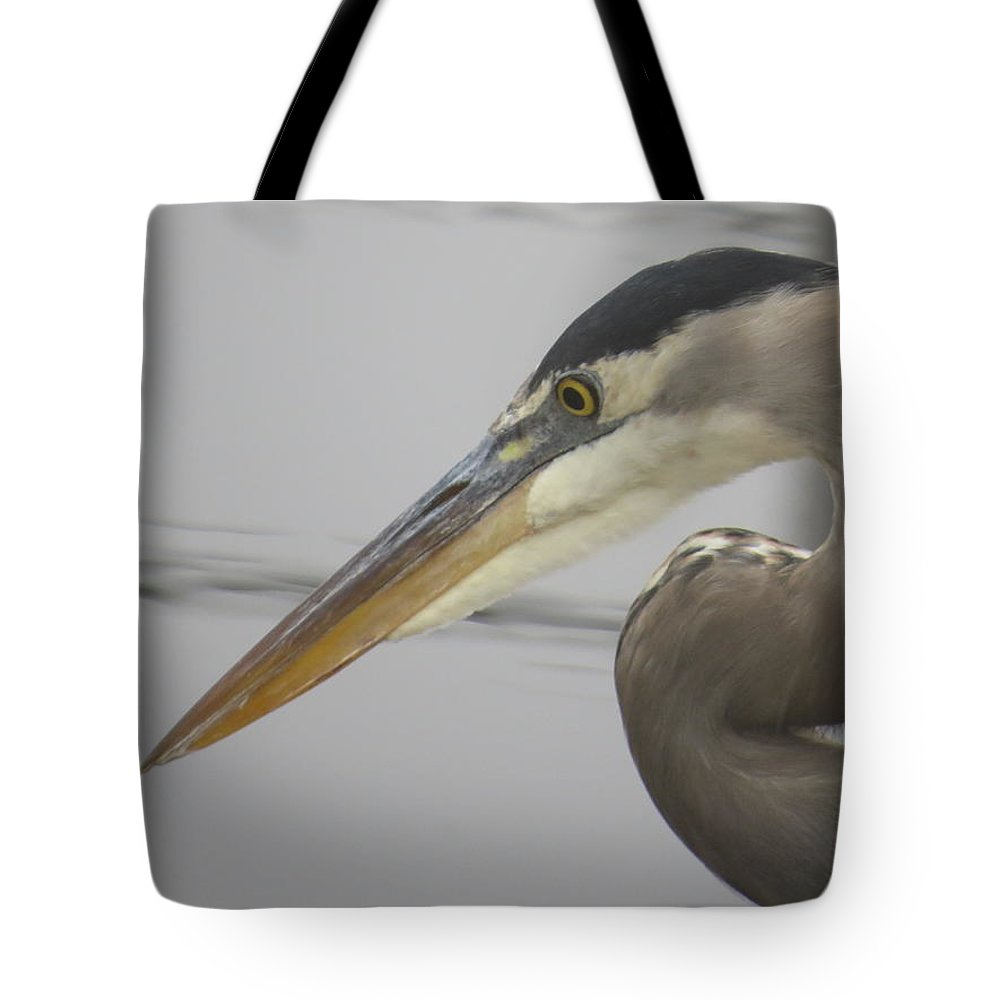 Heron Tote Bag featuring the photograph Great Blue Heron by Zina Stromberg