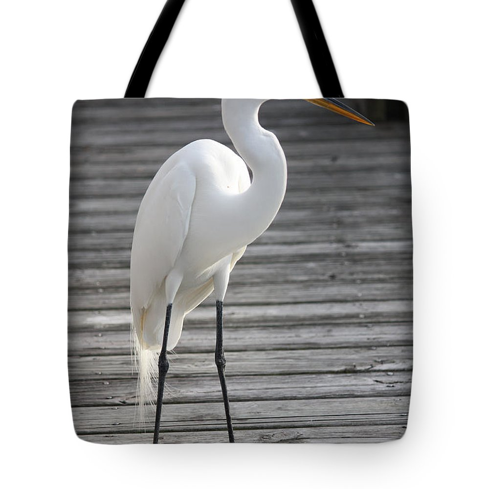 Egret Tote Bag featuring the photograph Great Egret On The Pier by Carol Groenen