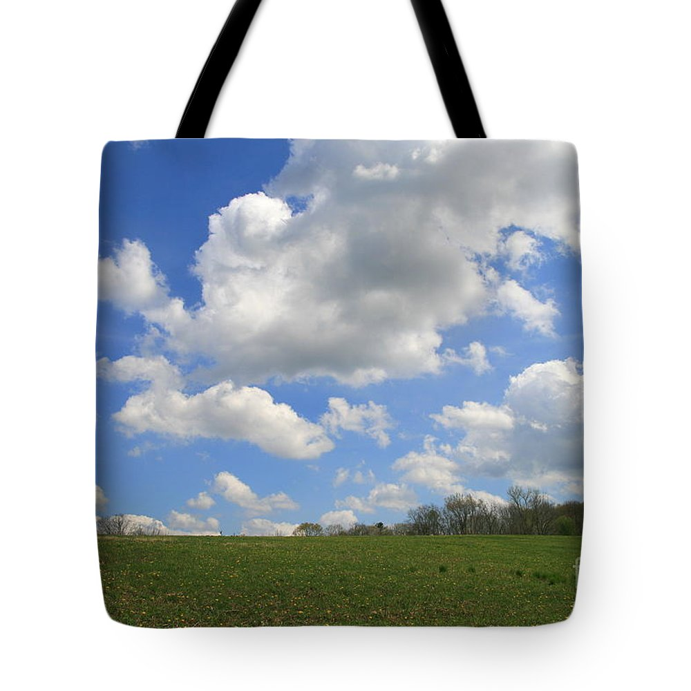 Field Tote Bag featuring the photograph Green Fields by Neal Eslinger