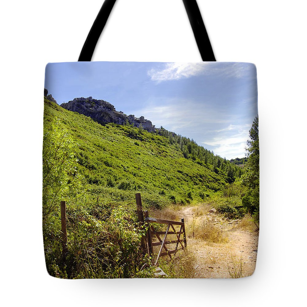 Background Tote Bag featuring the photograph Green Valley by Carlos Caetano