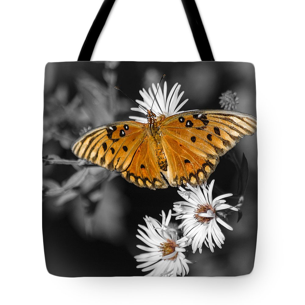 Butterfly Tote Bag featuring the photograph Gulf Fritillary Butterfly by Carolyn Marshall
