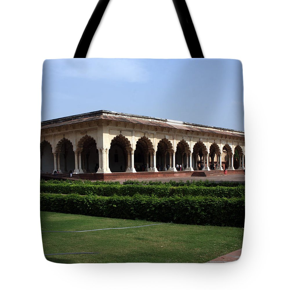 India Tote Bag featuring the photograph Hall Of Public Audience - Red Fort - Agra by Aidan Moran