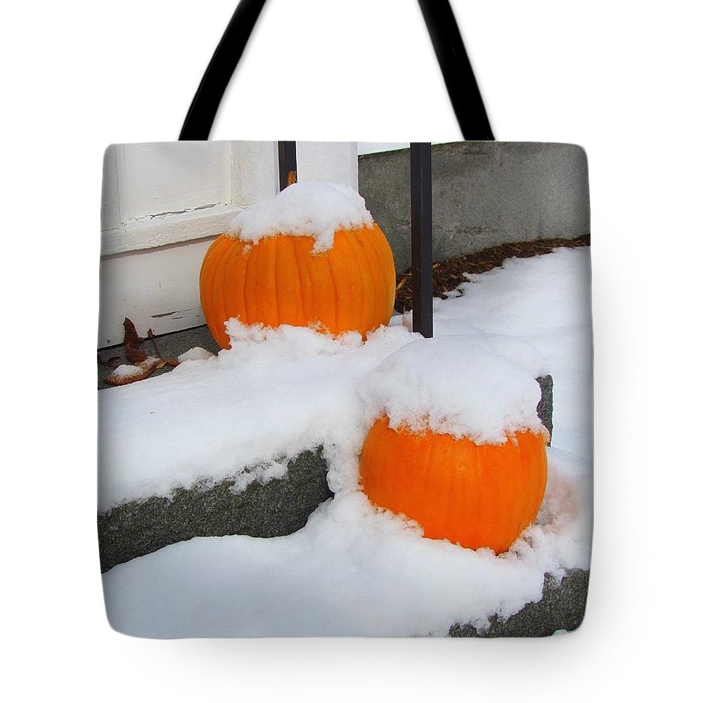 Pumpkins Tote Bag featuring the photograph Halloween Snow by Elizabeth Dow