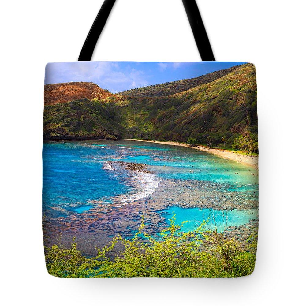 Hawaii Tote Bag featuring the photograph Hanauma Bay In Hawaii by Ami Parikh