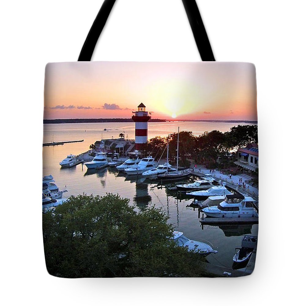Hilton Head Tote Bag featuring the photograph Harbor Town 4 In Hilton Head by Duane McCullough