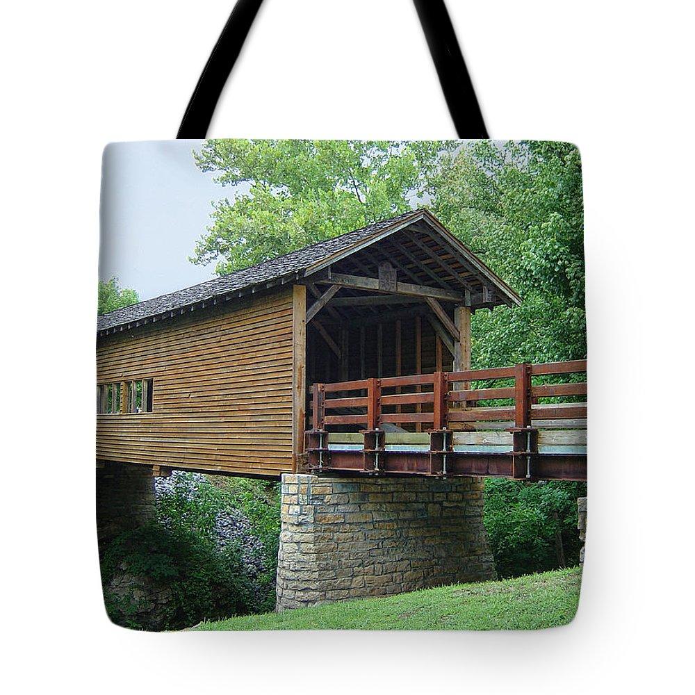 Harrisburg Covered Bridge Tote Bag featuring the photograph Harrisburg Covered Bridge by Phyllis Taylor