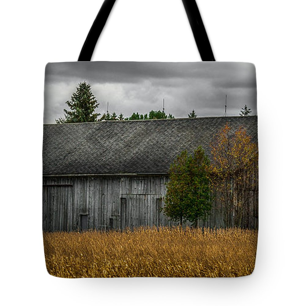 Barn Tote Bag featuring the photograph Harvest Season by Paul Freidlund