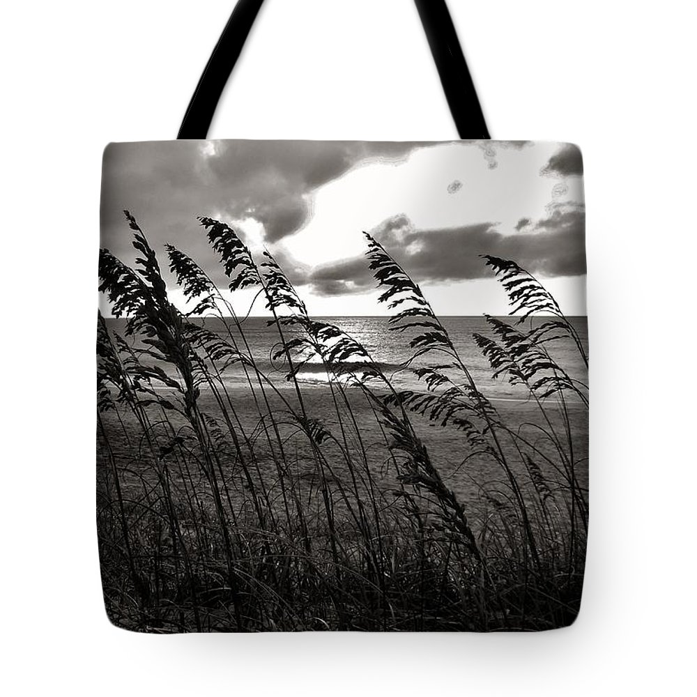 Outer Banks North Carolina Obx Sunrise Sea-oats Beach Ocean Tote Bag featuring the photograph Hatteras Island Sunrise 18 9/3 by Mark Lemmon