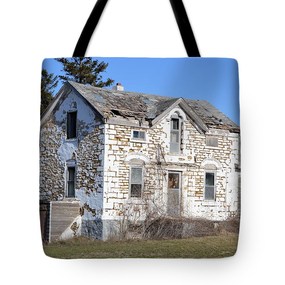 Limestone Tote Bag featuring the photograph Heartache by Bonfire Photography