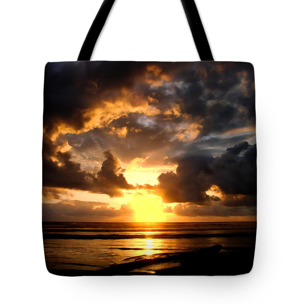 Sunset Tote Bag featuring the photograph Heavenly Sunset by Athena Mckinzie