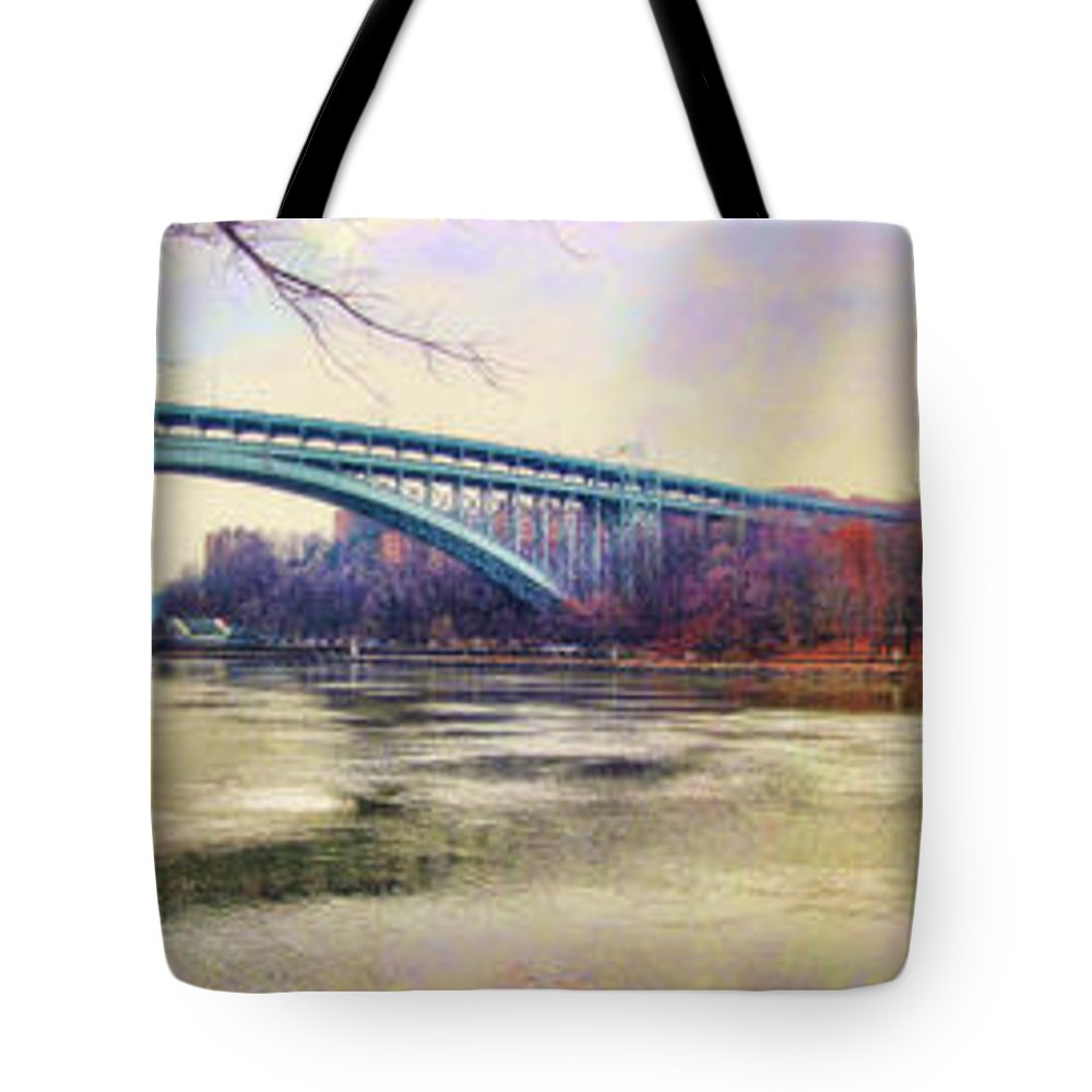 Autumn New York Tote Bag featuring the photograph Henry Hudson Bridge And The Palisades by Nishanth Gopinathan
