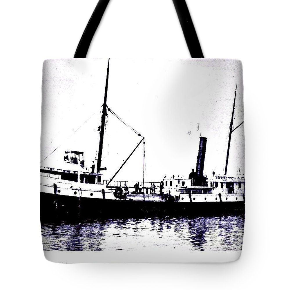 Henry Warrington Tote Bag featuring the photograph Henry Warrington by Tom Geiger