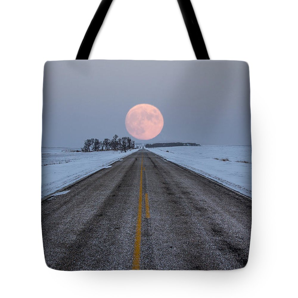 Road To Nowhere Tote Bag featuring the photograph Highway To The Moon by Aaron J Groen