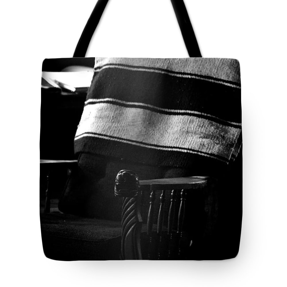 Abstract Tote Bag featuring the photograph His Chair 2 by Newel Hunter
