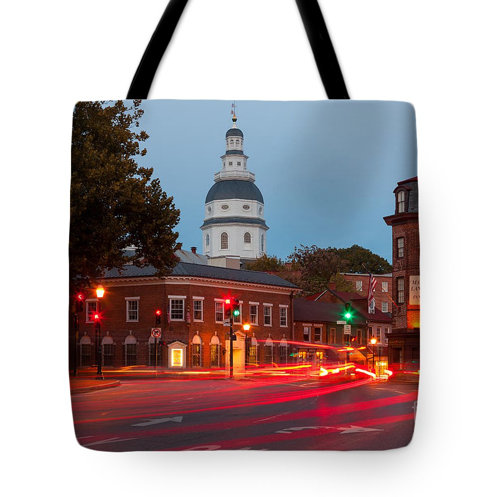 Clarence Holmes Tote Bag featuring the photograph Historic Annapolis And Evening Traffic II by Clarence Holmes