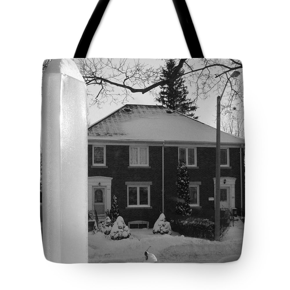 Black And White Tote Bag featuring the photograph Homage To Winter In The City 3 by Nina Silver