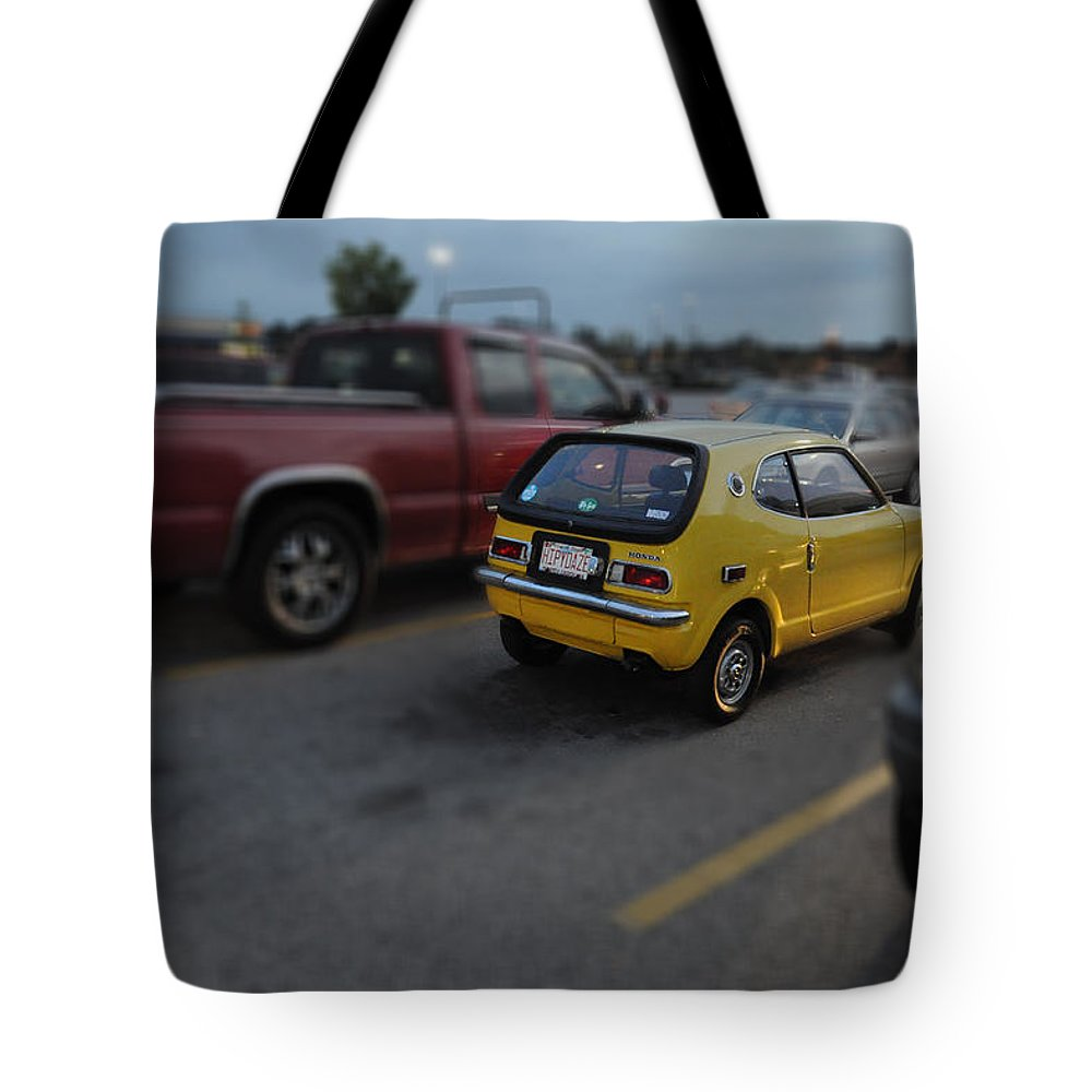 Popular Tote Bag featuring the photograph Honda Z600 by Paulette B Wright