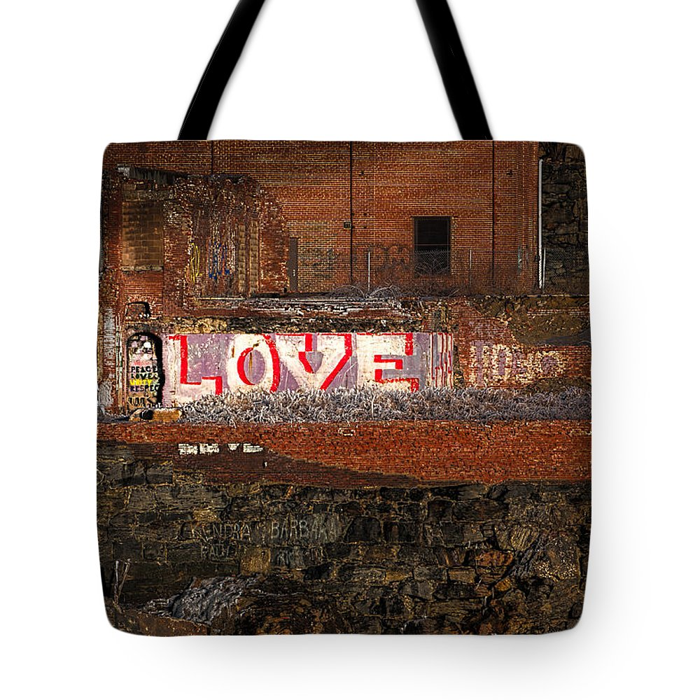 Urban Tote Bag featuring the photograph Hope Love Lovelife by Bob Orsillo