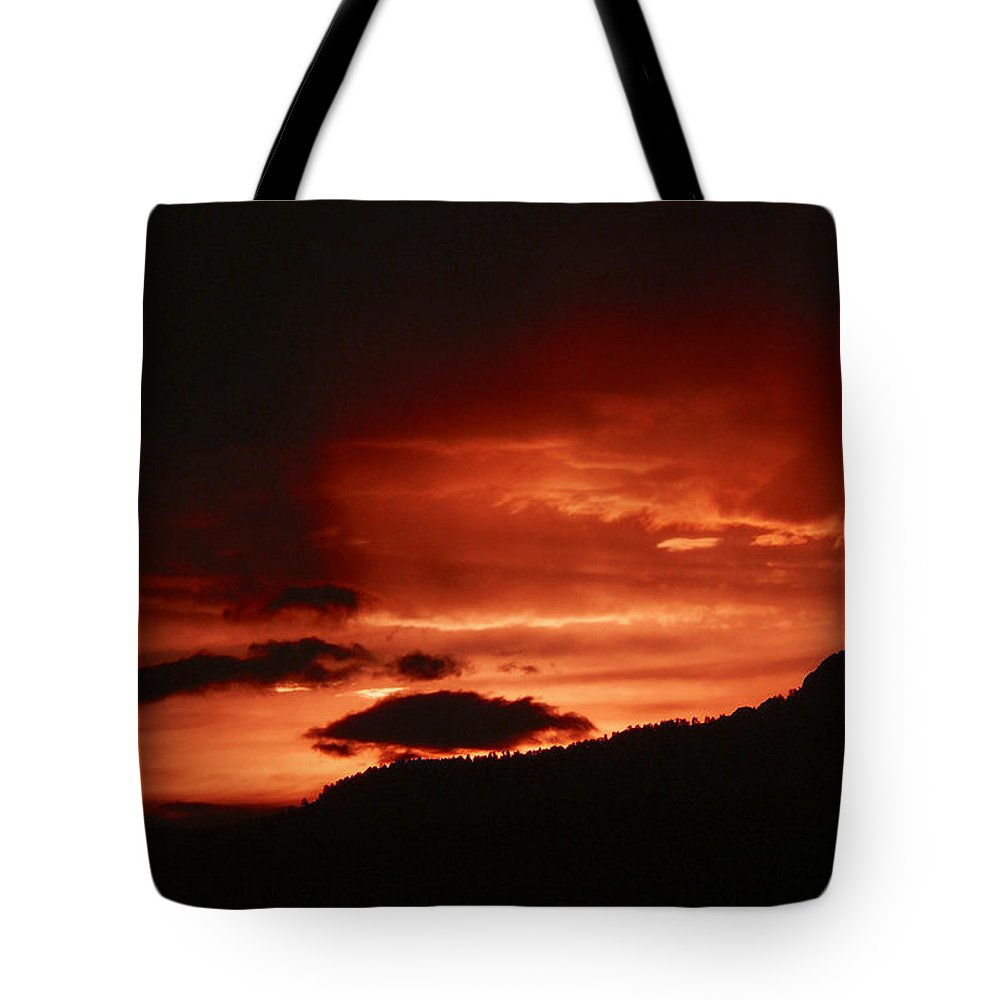 Nature Tote Bag featuring the photograph Horsetooth Sunset by David Kehrli