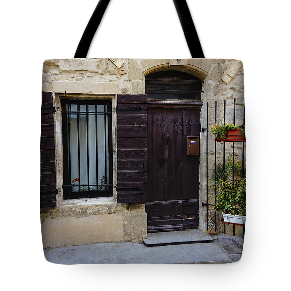 House Tote Bag featuring the photograph House Arles France Dsc01809 by Greg Kluempers