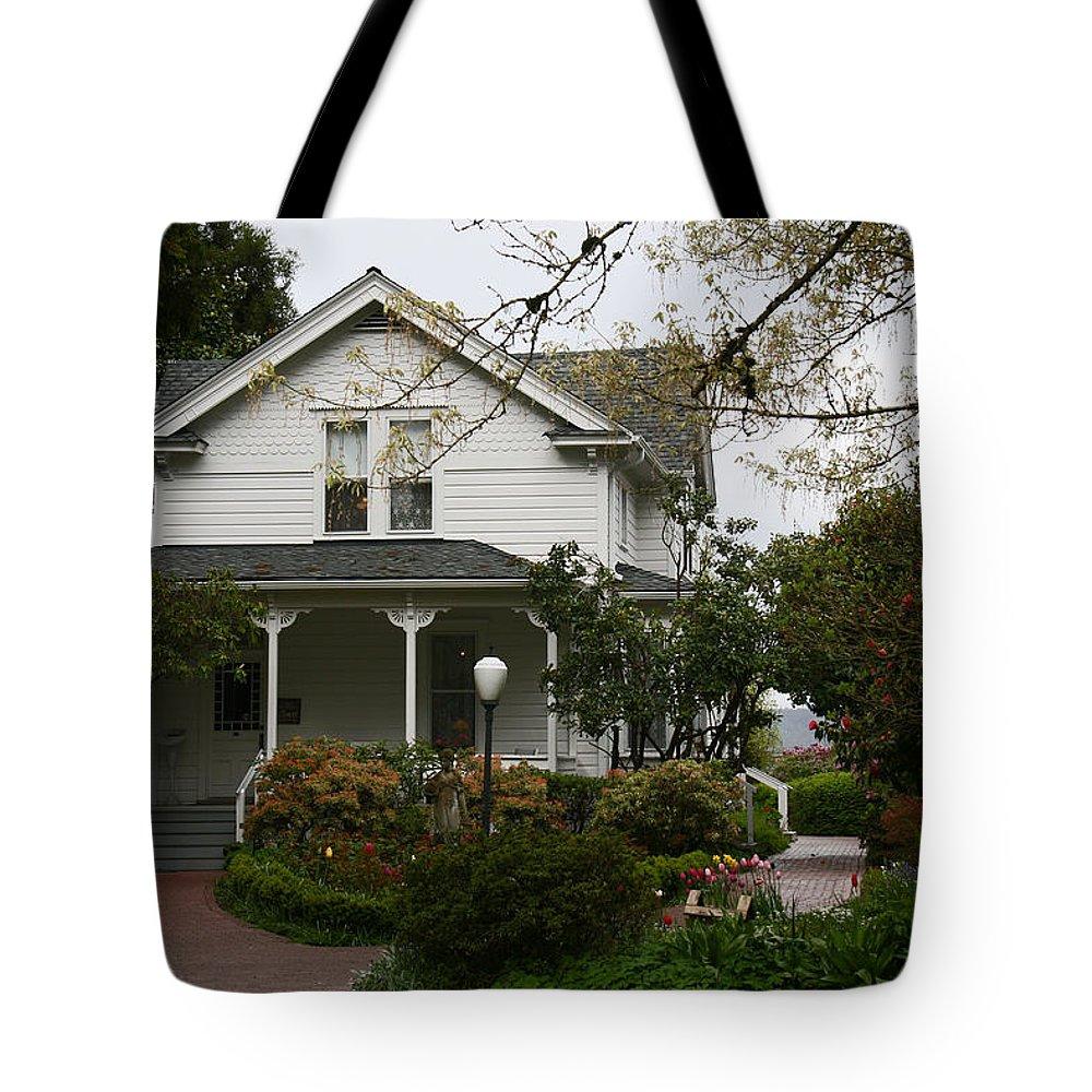 Hulda Klager Tote Bag featuring the photograph Hulda Klager House by Elizabeth Rose