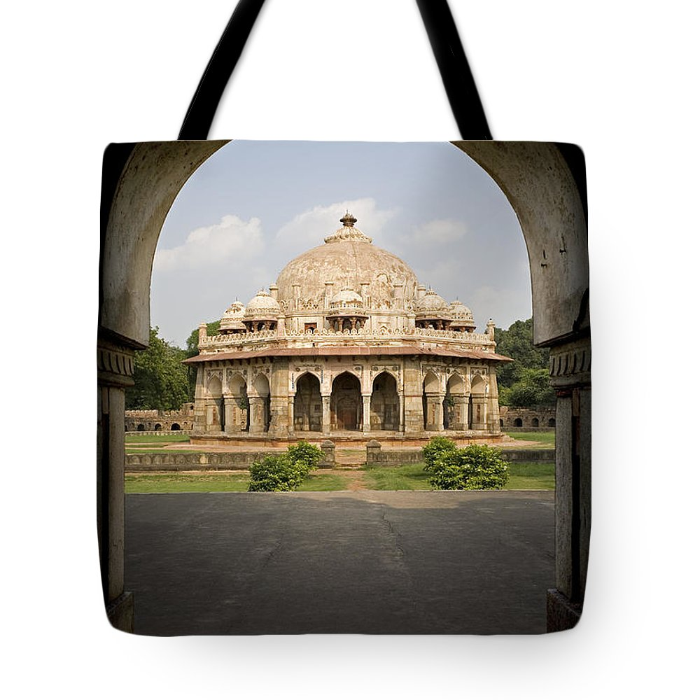 Architectural Tote Bag featuring the photograph Humayuns Tomb, India by David Davis