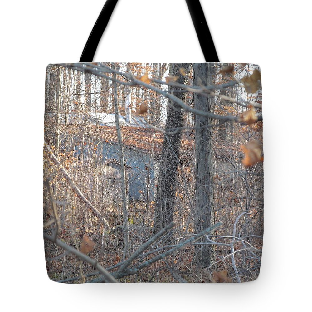 Wood Tote Bag featuring the photograph Hunters Warming Hut by Tina M Wenger