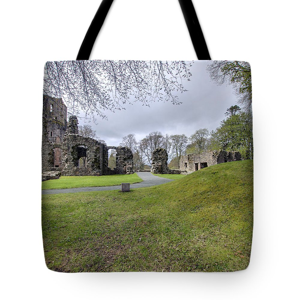 Huntly Tote Bag featuring the photograph Huntly Castle - 4 by Paul Cannon