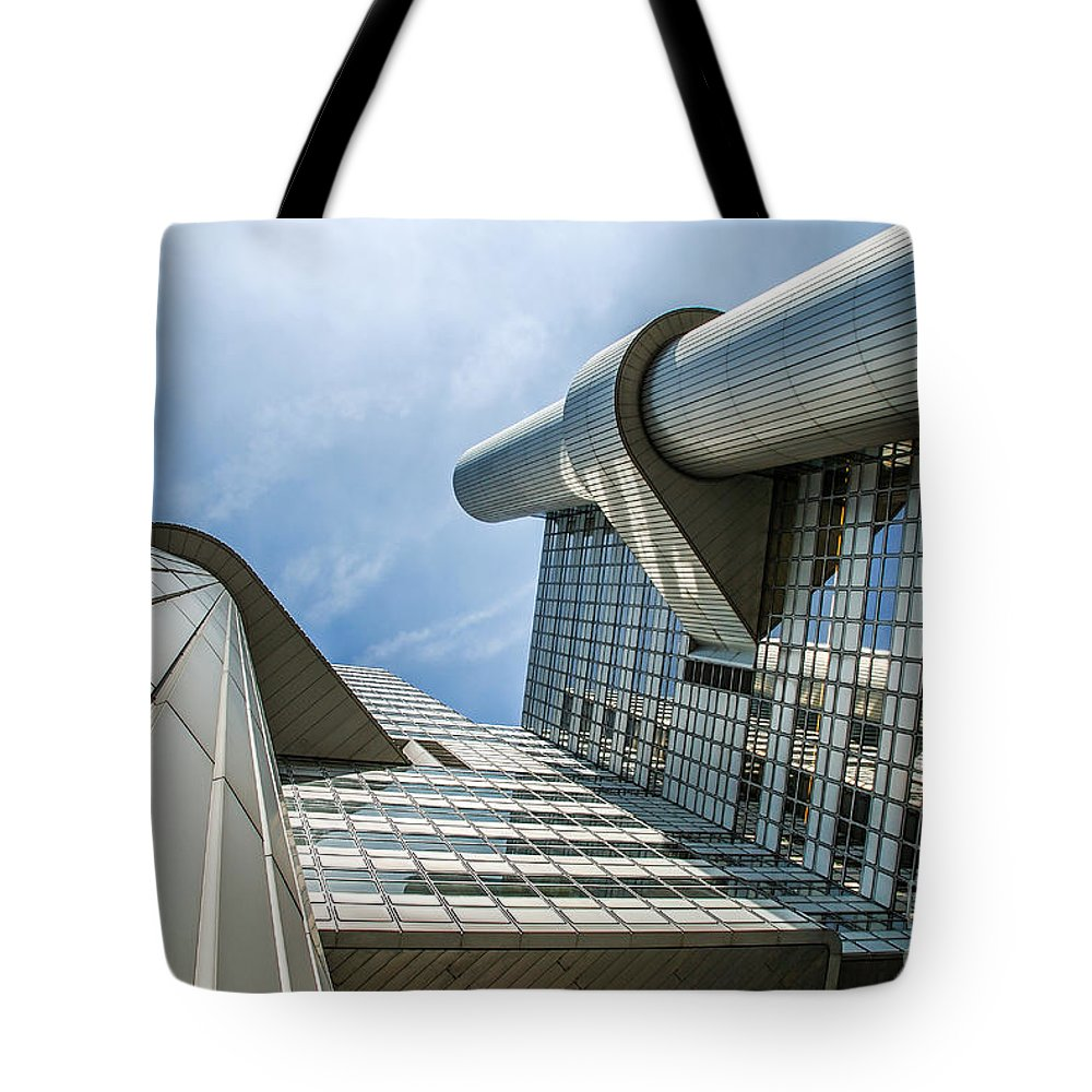 Hypo Vereins Bank Tote Bag featuring the photograph Hypovereinsbank 2 by Hannes Cmarits