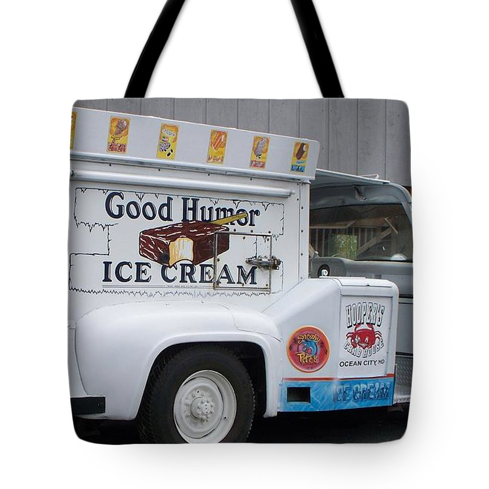 Ice Cream Truck Tote Bag featuring the photograph Ice Cream Truck by Eric Schiabor