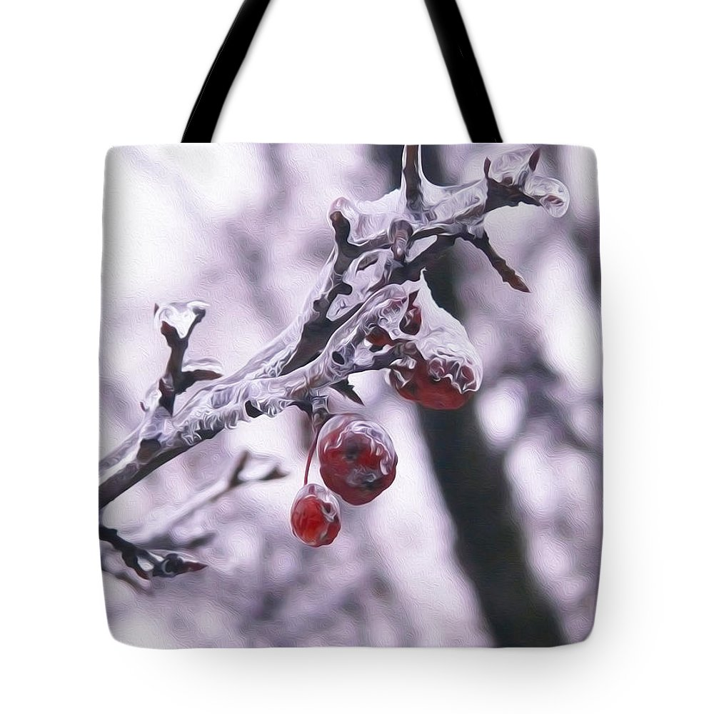 Red Berry Tote Bag featuring the photograph Iced Berries by Tracy Winter