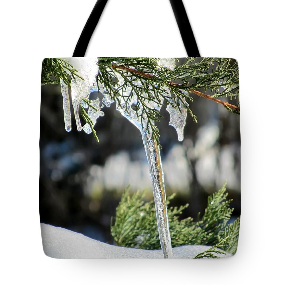 Icicles On Juniper Branch Tote Bag featuring the photograph Icicles On Juniper Branch by Cynthia Woods
