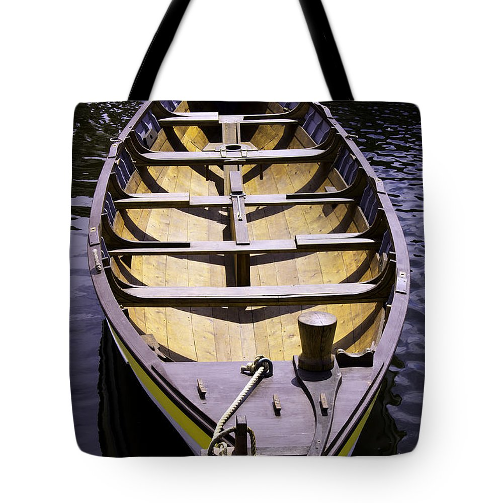 Mystic Tote Bag featuring the photograph In For The Season by Joe Geraci