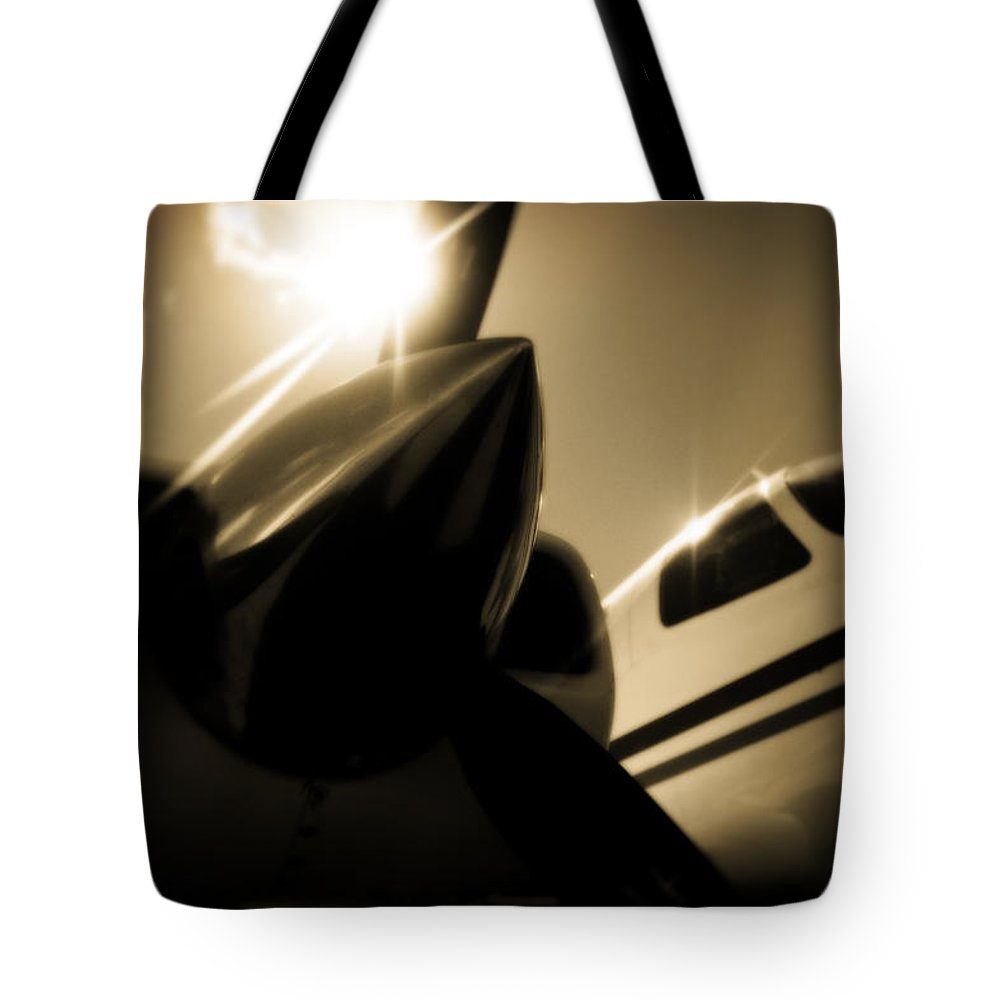 Aviation Tote Bag featuring the photograph In The Shade by Paul Job
