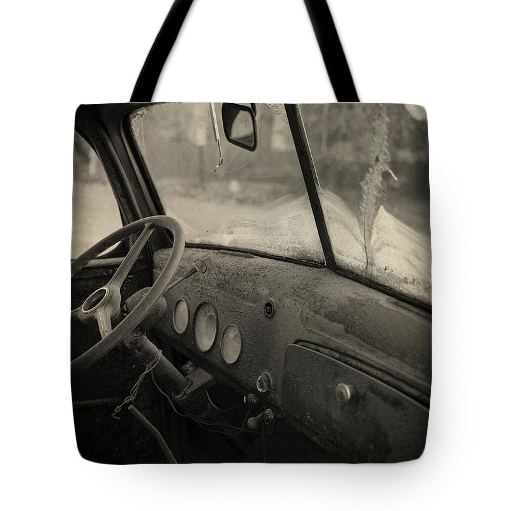 Automobile Tote Bag featuring the photograph Inside An Old Junker Car by Edward Fielding