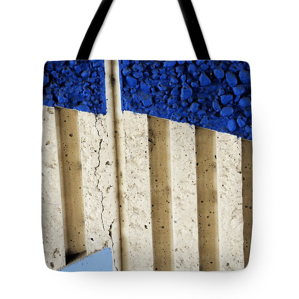 Interstate 10 Tote Bag featuring the photograph Interstate 10 Project Outtake_0010444 by Arthur BRADford Klemmer
