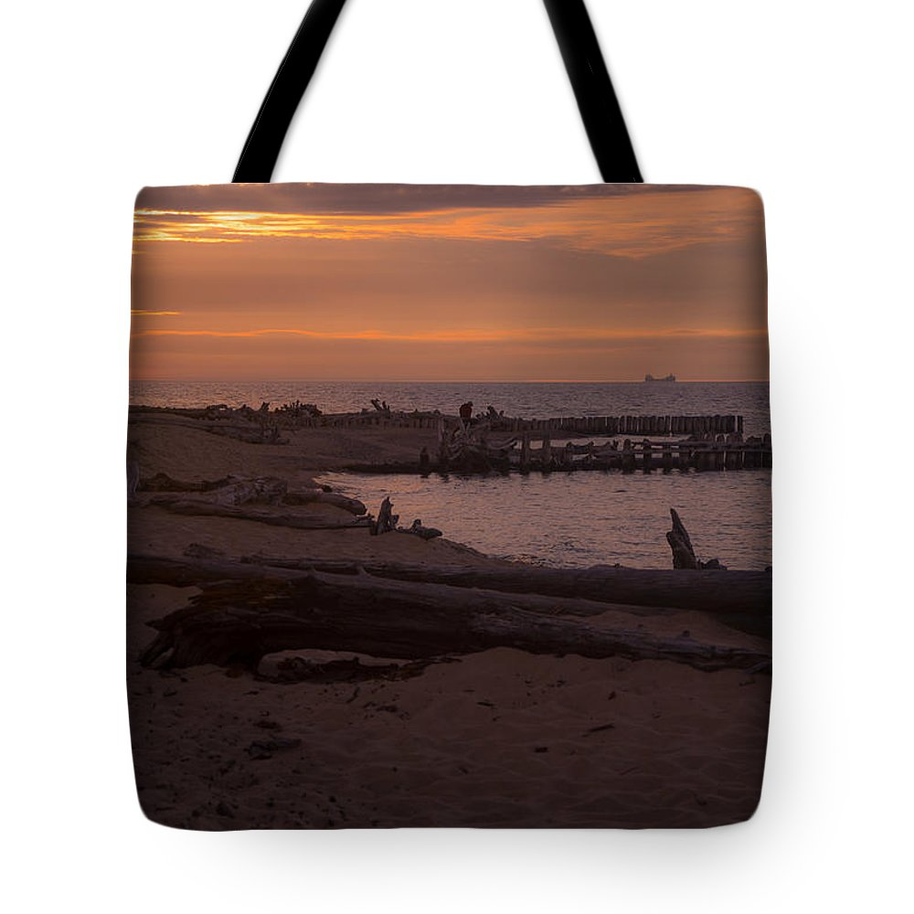 Ships Tote Bag featuring the photograph Into The Sunset by Gales Of November