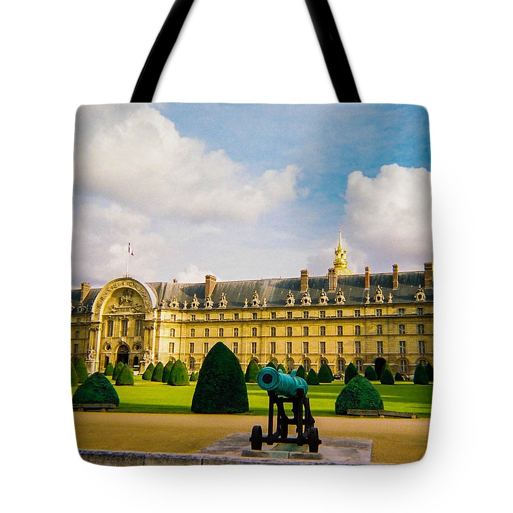 Invalides Tote Bag featuring the photograph Invalides Paris France by Bobby Uzdavines