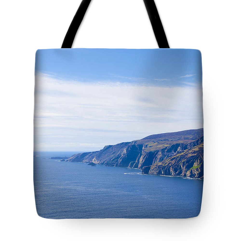 Ireland Tote Bag featuring the photograph Ireland - Sleive League by Bill Cannon