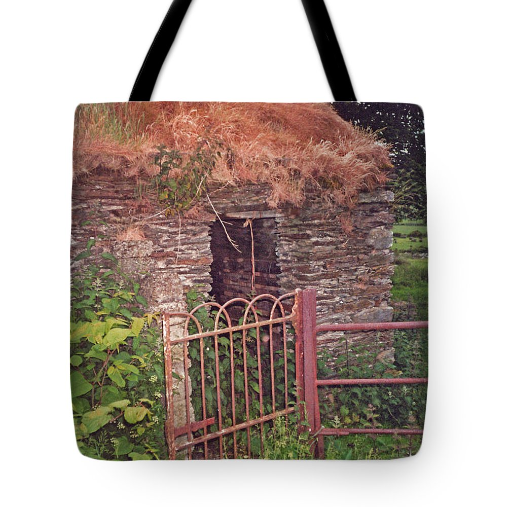 Ireland Tote Bag featuring the photograph Irish Cottage Of Long Ago by Barbara McDevitt
