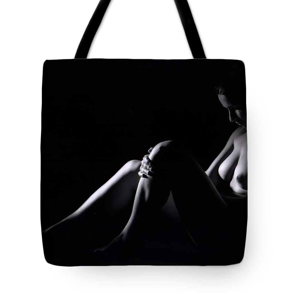 Nude Tote Bag featuring the photograph Isi002 by Catherine Lau