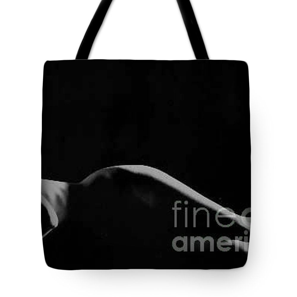 Nude Tote Bag featuring the photograph Isi005 by Catherine Lau