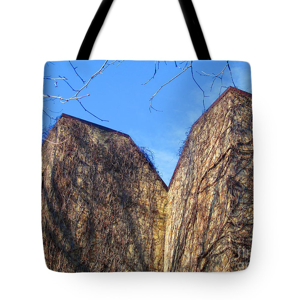 Ndu Tote Bag featuring the photograph Ivy Covered Wall by Tina M Wenger