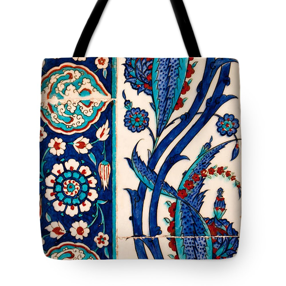 Istanbul Tote Bag featuring the photograph Iznik 08 by Rick Piper Photography