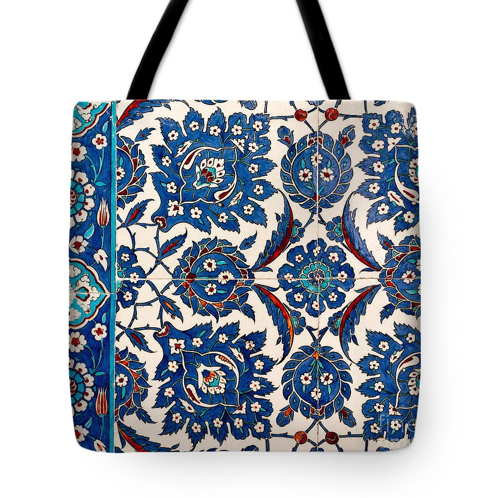 Istanbul Tote Bag featuring the photograph Iznik 12 by Rick Piper Photography