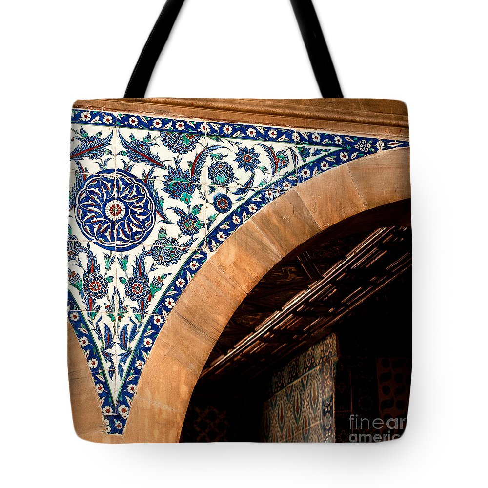 Istanbul Tote Bag featuring the photograph Iznik 17 by Rick Piper Photography
